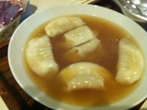 差し入れ2 スープ餃子